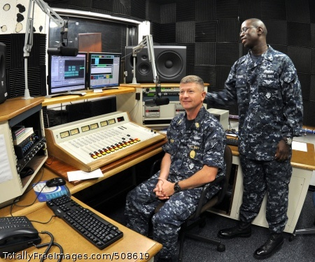 101015-N-7764M-010