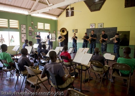 110420-N-RM525-139