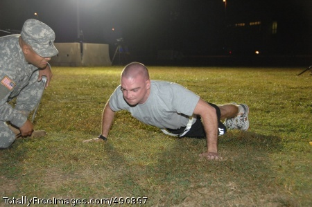 Army Strong Competitor Sgt. Edward Chisholm conducts the Army Physical Fitness Test during the 2007 Noncommissioned Officer/Soldier of the Year competition Oct. 3 at Fort Lee, Va. Photo Credit: Oct 3, 2007