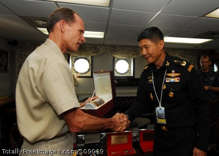 101007-N-6233H-035