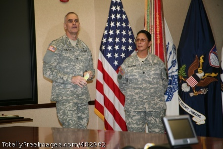 Col. John Hamilton, SMDC/ARSTRAT chief of staff, expresses his thanks to Col. Swayney for her time at the command before her departure.  Photo Credit: Jul 30, 2008