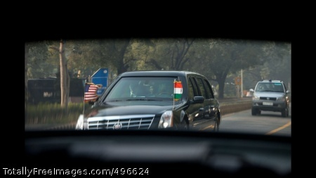 Motorcade in New Delhi President Barack Obama\'s motorcade makes its way to the Rashtrapati Bhavan presidential palace in New Delhi, India, Nov. 8, 2010. (Official White House Photo by Pete Souza)