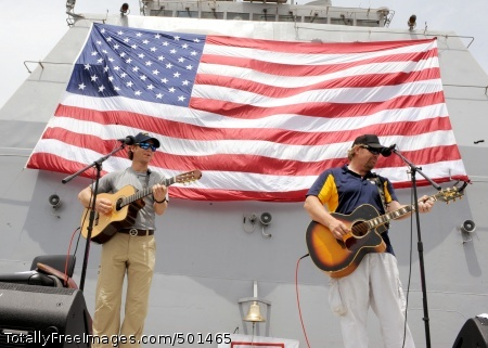 110424-N-BZ392-581