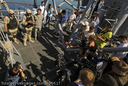 110607-N-NW827-039