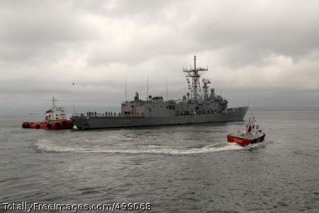 110616-N-ZI300-031 TALCAHUANO, Chile (June 16, 2011) The Guided-missile frigate USS Thach (FFG 43) departs Talcahuano, Chile, after a five-day visit. Thach was in port for multinational events including a community service project, a Project Handclasp delivery and ship's tours. Thach is deployed to South America supporting Southern Seas 2011. (U.S. Navy photo by Mass Communication Specialist 1st Class Steve Smith/Released)