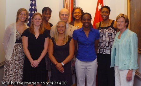 NCAA champs visit Secretary of the Army Pete Geren takes a photo with head coach of the NCAA championship team, the Tennessee Lady Volunteers, Pat Summitt (far right) and members of the team in his office at the Pentagon, June 24.  Photo Credit: Jun 24, 2008